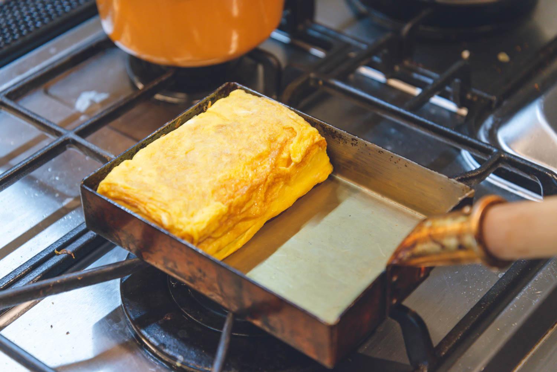 愛用しているキッチンアイテムシリーズvol.1「中村銅器製作所の玉子焼鍋」