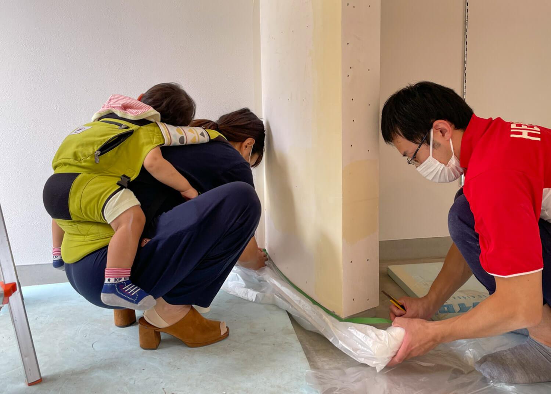 【つなぎ・つながる】RENO CAFEまであと一週間!塗装DIYの様子をお届け vol.3